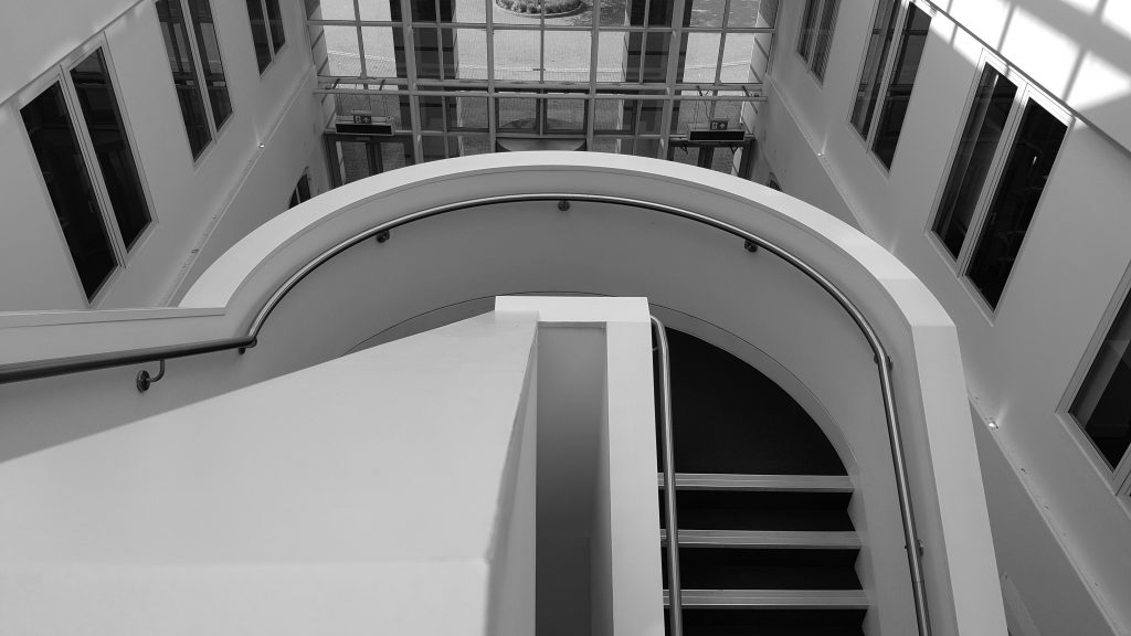 Angled shaping of staircase