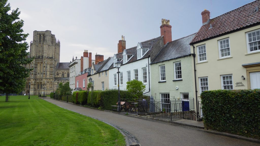 Wells Cathedral streets